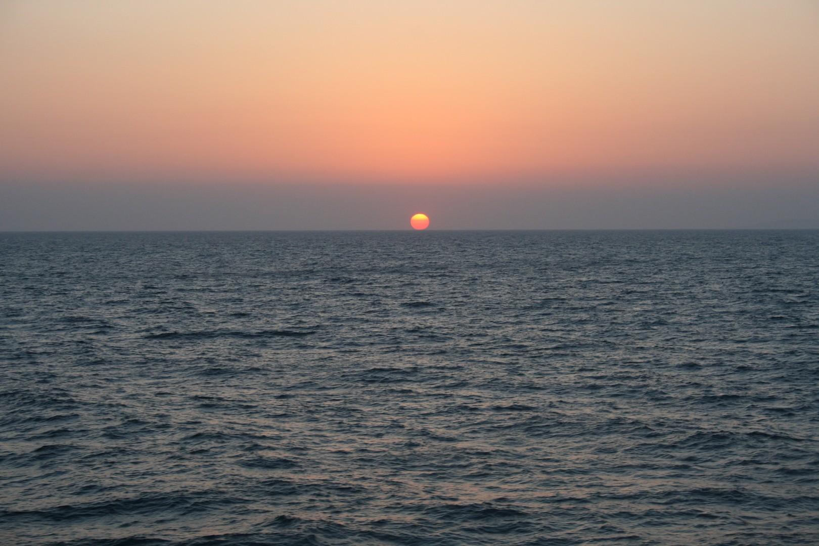 Coucher de soleil sur la mer Egée