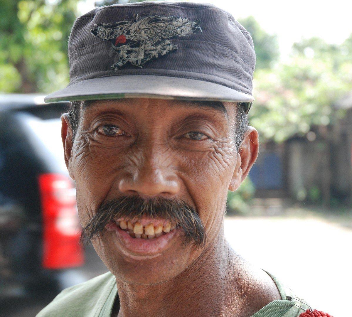 Policier indonésien