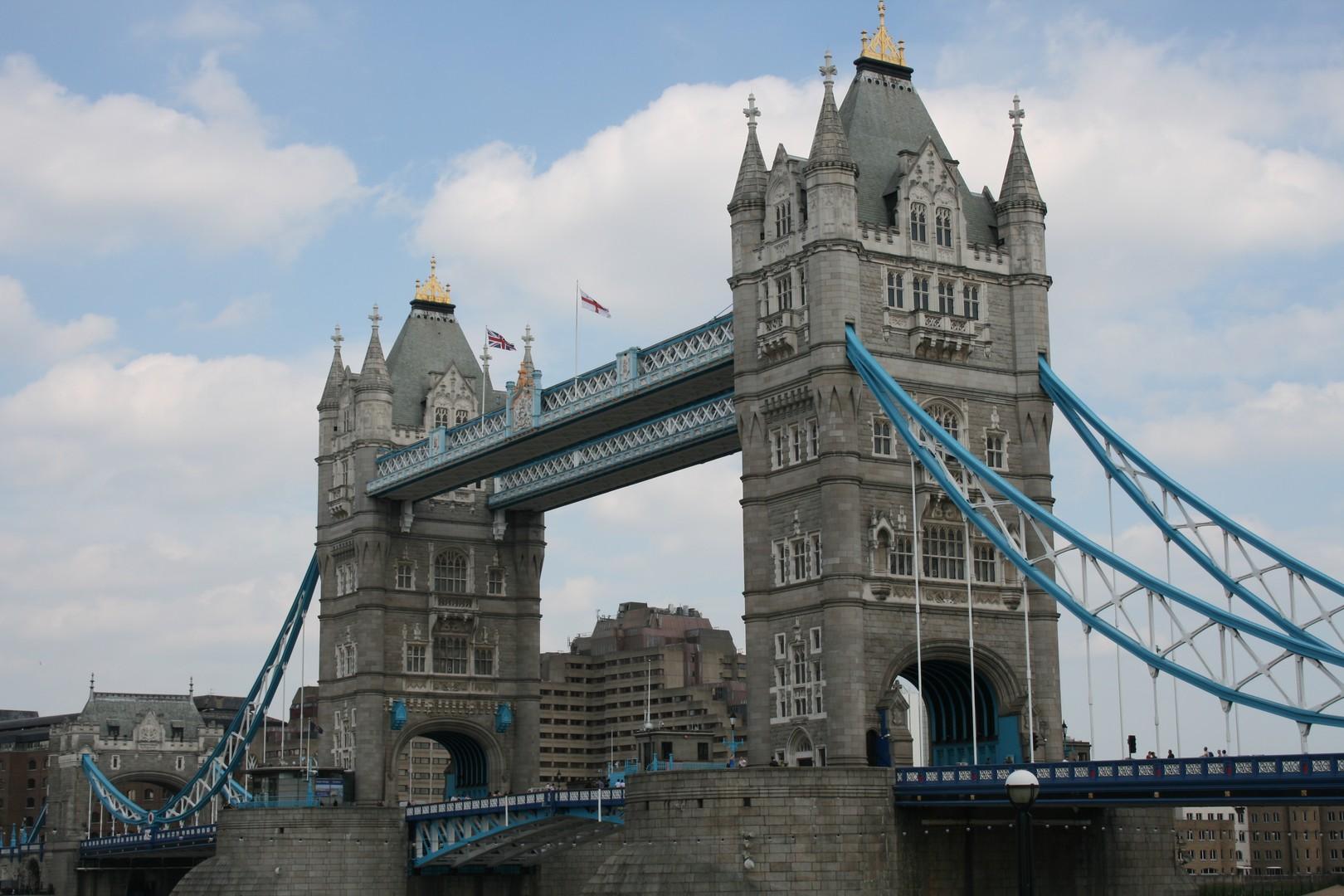 London'sTower Bridge